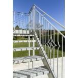 Exemple de rampe d'escalier en fer forgé avec main courante 45x16x3