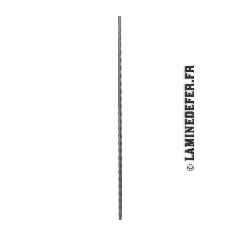 Barreau droit en carré martelé de 12 réf. 118/B/1